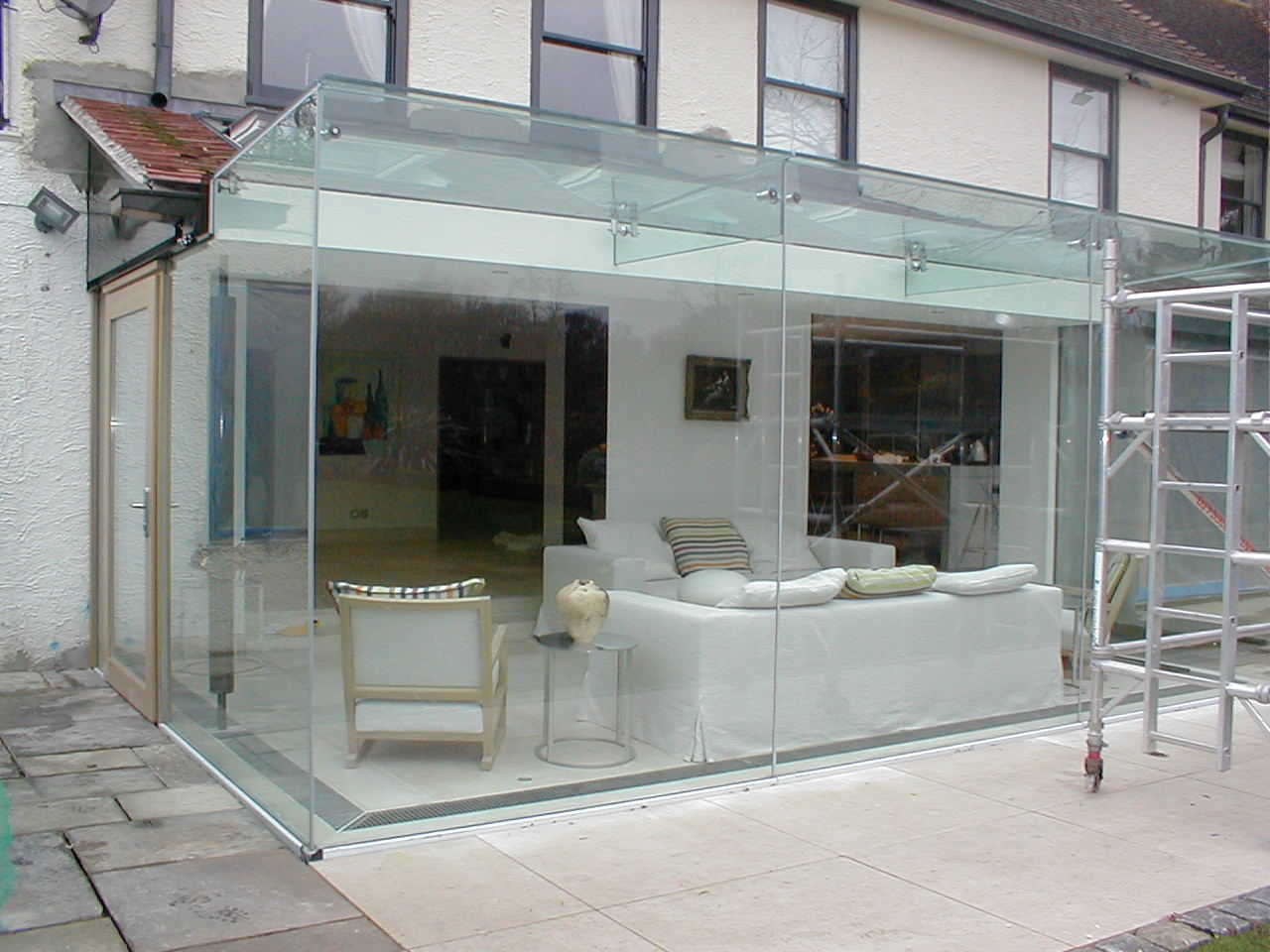 Glass room extension installed in Hampshire